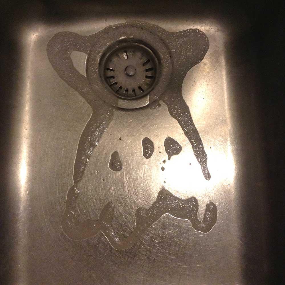 hirameki-schaum-waschbecken