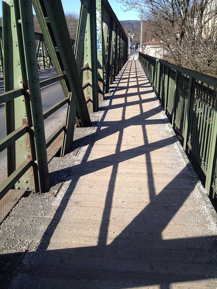 eisenbahnbruecke-linz-fussweg