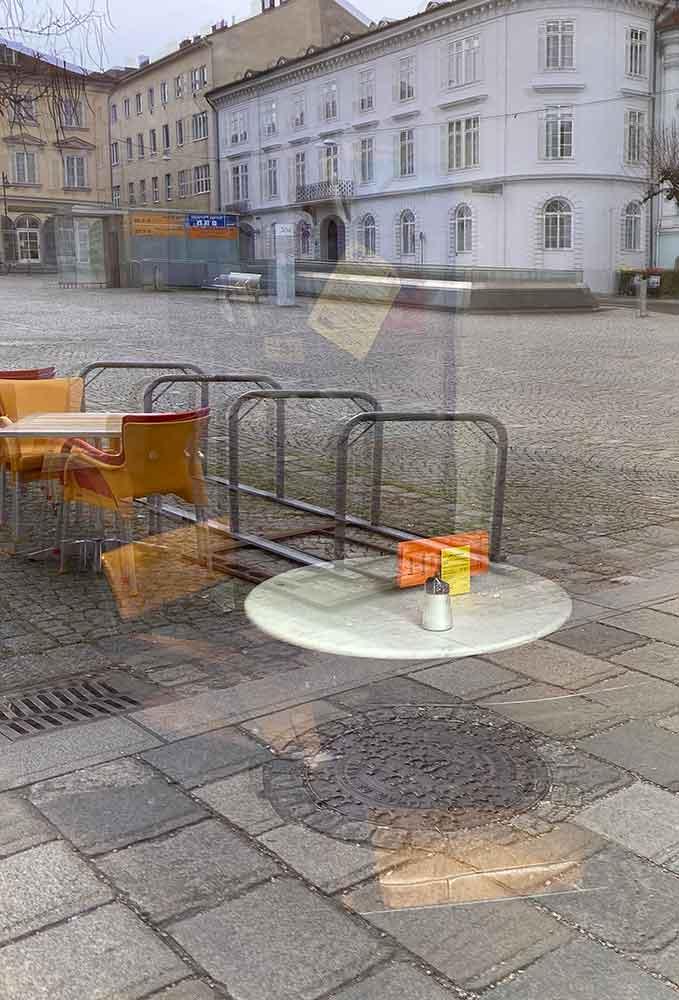 Cafe Meier Stammtisch gespiegelt