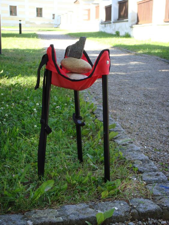 Stefanies störrischer Stuhl, zerstört